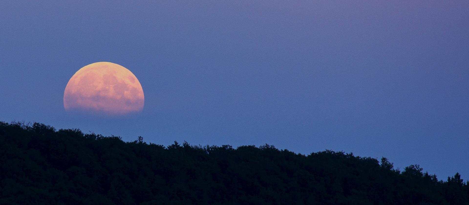 Die blaue Stunde – vom Licht der Sonne zum Licht des Mondes
